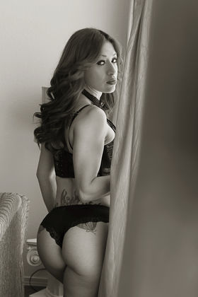 Photo 2 by Ismael Lozada for boudoir