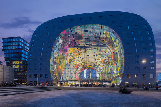 Markthal by MVRDV Architects @ Rotterdam photo by Bekker Thomas