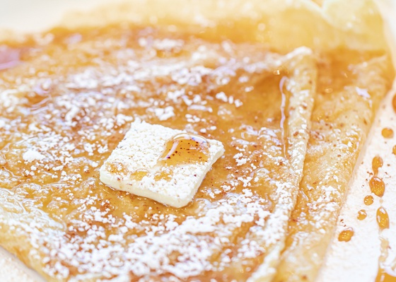 Maple syrup crepe by Curate Your Feed Photography